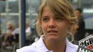 Aussie Schoolgirl Attempting To Sail Solo Around The World