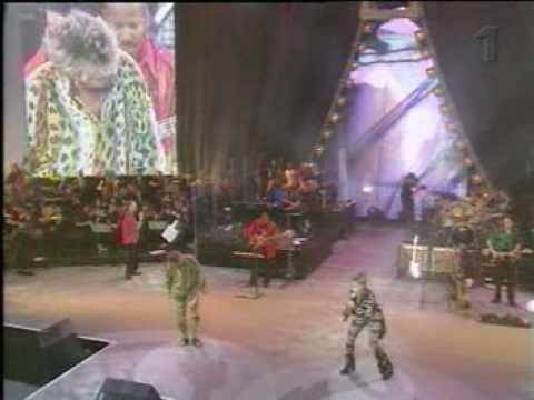Rod Stewart & Mary J. Blige  - Nothing Compares (Live).mpg