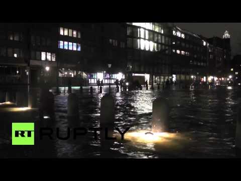 Germany: Hamburg struggles to stay afloat