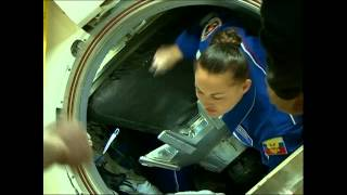 Expedition 41 Hatch Opening