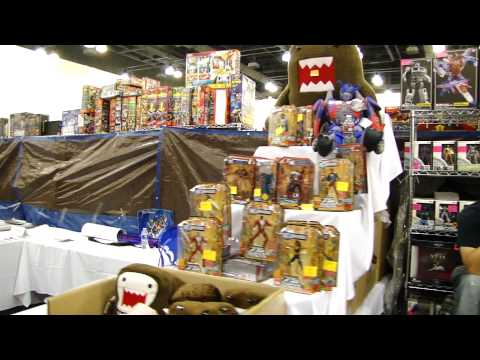 Transformers BotCon 2011 Dealer Room Tour (Part 5)