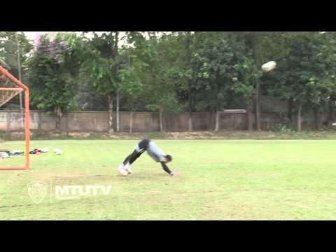MTUTD.TV ตอง กวินทร์ - Scorpion Kick Save