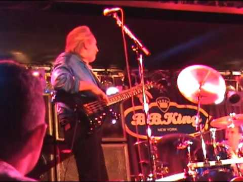 John Entwistle Band - BB King's Blues Bar, NYC - JUNE 8th,2001 (Early show)
