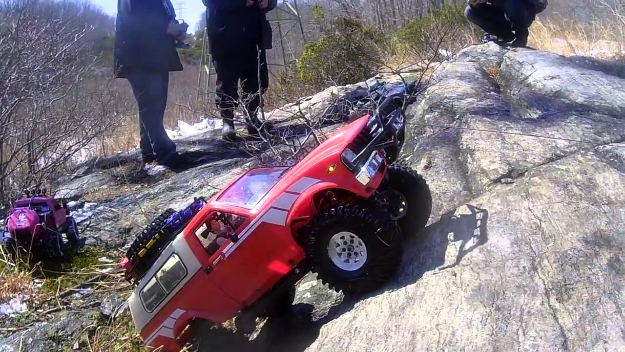 Rc Crawler Toyota Using The Winch Youtube