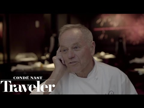 Why Wolfgang Puck Has Finally Decided to Open a NYC Restaurant | Condé Nast Traveler