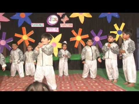 Lovely dance by kids on chota baccha jaan...