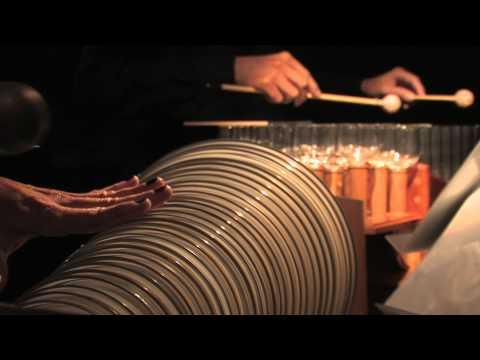 Philip Glass - Musicbox - Wiener Glasharmonika Duo.mov