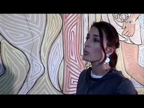 la fresque de jean cocteau est en cours de r novation dans la salle des mariages menton youtube. Black Bedroom Furniture Sets. Home Design Ideas