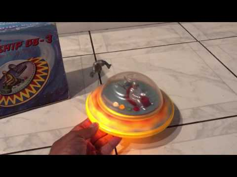 VTG 70's Battery Op Space Ship DB-3 Flying Saucer Astronaut Toy