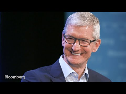 Tim Cook Is `Overjoyed, Thrilled` by Buffett Investment