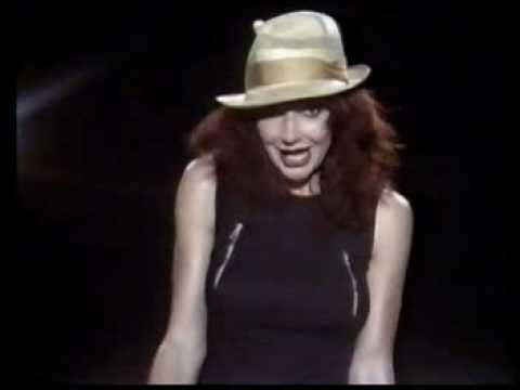 Kate Bush-Them heavy people