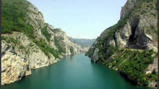 HOS - Ima jedna rijeka i zove se Drina