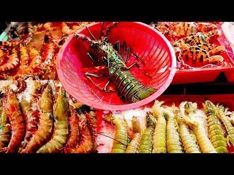 Phuket Food: A Street Food Seafood Feast in Patong. Banzaan Night Market Phuket Thailand