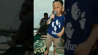 Hans Darel Bernyanyi lagu Mardua Holong part 3