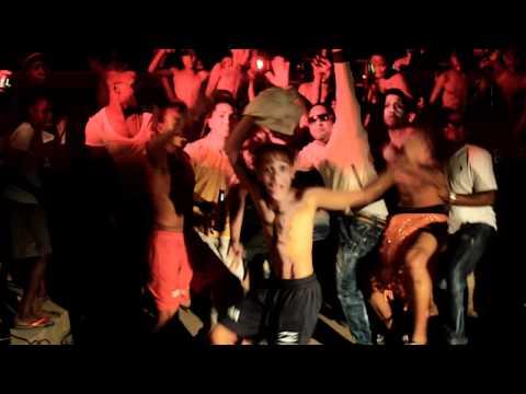 RAMIRO BLASTER BRINCA COMO APACHE.official video