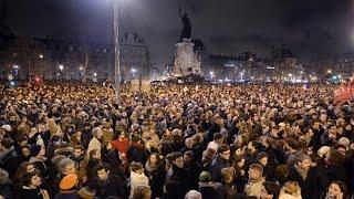 موفدة أخبار الآن في باريس: حالة من الصدمة والفوضى بالشارع الفرنسي بسبب هجوم شارلي إيبدو
