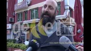 Halit Ergenc, Berguzar Korel and Ali ate at Etiler 11/5/2013