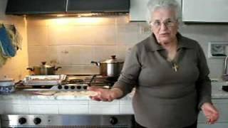 In cucina con nonna Mary - 05 - Pasta 'ncaciata