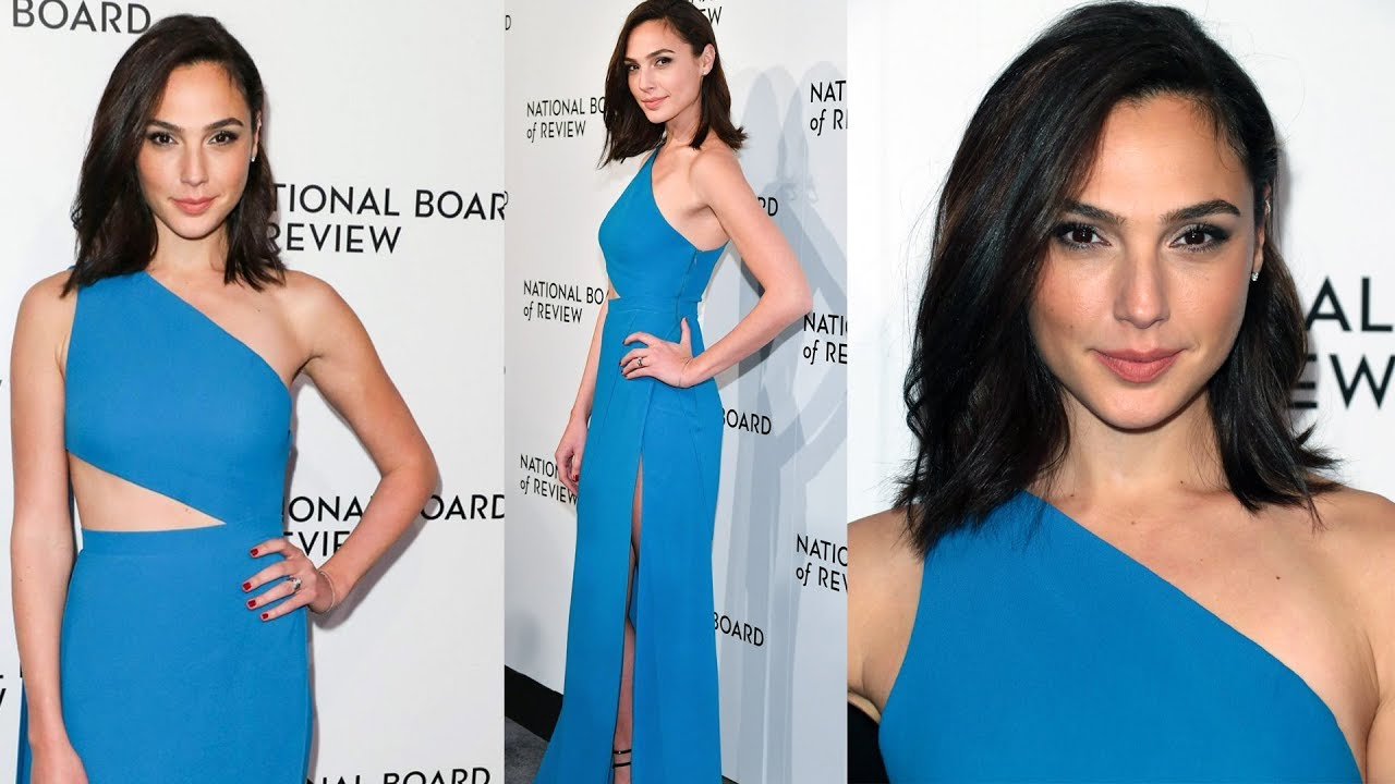 Gal Gadot Wears Sexy Blue Gown At 2018 National Board Of Review ...