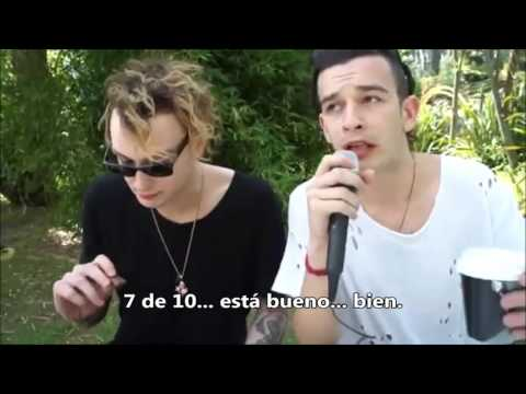The 1975 funny moments (Subtitulado al español)