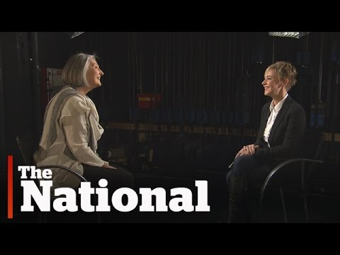 Louise Penny on her unexpected road to success - YouTube