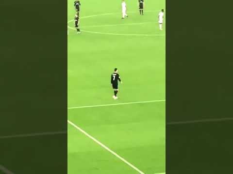 "Reacción de Cristiano a los gritos de ""¡Messi, Messi""! | Mundial de Clubes 2017"