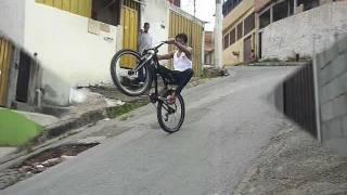 wheeling aprendendo empinar