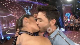 ¡Una noche romántica! Agustín Casanova y el Bicho Gómez demostraron lo bien que besan