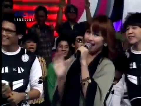 AYU TING-TING - Alamat Palsu (LIVE RCTI), 16-09-2011