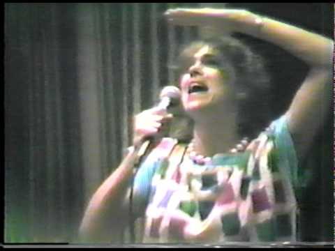 "Gloria Balsam ""Fluffy"" live at the New Music Seminar"