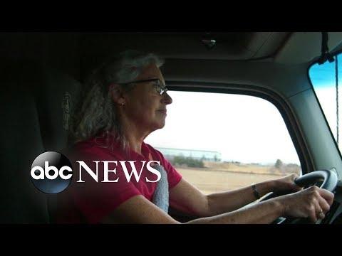 Female truck drivers navigate trucking industry | A Hidden America Diane Sawyer PART 3/4