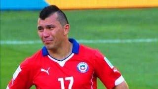 GARY MEDEL llora desconsolado tras eliminación de Chile GRANDE GARY
