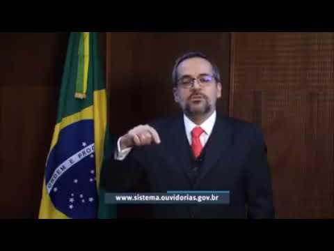 Ministro da Educação diz que professores coagem alunos a participar de protestos contra Bolsonaro