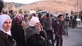 """وصول """"قافلة الزبداني"""" إلى لبنان"""