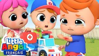 L'Ambulance - J'ai un gros bobo - Comptines pour Bébé | Little Angel Français