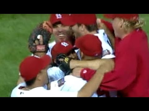 2006 NLDS Gm4: Cardinals beat Padres, advance to NLCS