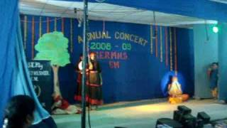 pal pal hai bhari- performed by children