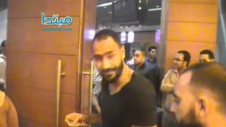 فيديو| عمرو واكد ومحمد شوقى فى العرض الخاص لـ«سكّر مرّ»