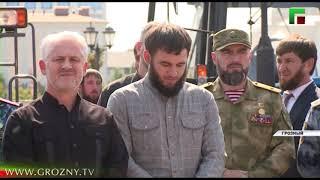 Рамзан Кадыров принял участие в торжественной передаче спецтехники для городских служб Грозного