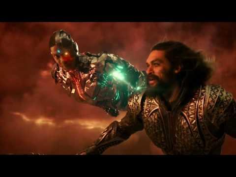 Лига справедливости Схватка со Степным Волком Появление Супермэна
