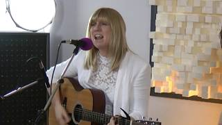 Chloë Acoustic Duo (Chadwick & Bayes) Performing Kiss Me / Sweet Dreams / What's Up /