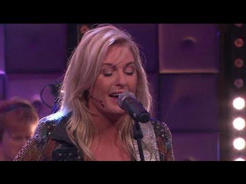 Miss Montreal zingt nieuwe single 'A Million Ways' - RTL LATE NIGHT