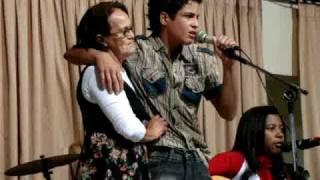 Baixar Guilherme Dias interpretando a música