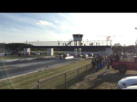 Dodge Challenger Hellcat vs Chevrolet Camaro ZL1
