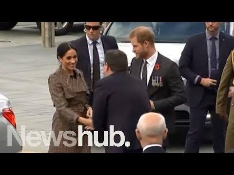 Duke and Duchess of Sussex get warm welcome in New Zealand | Newshub