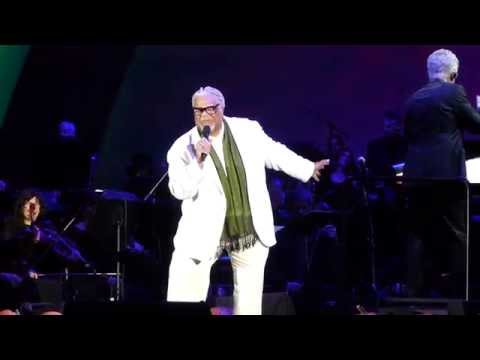 Oogie Boogie's Song by Ken Page (Nightmare Before Christmas Live @ The Hollywood Bowl 10-31-2015)