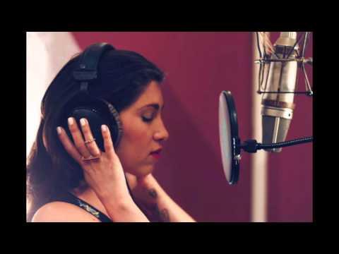 Celeste Shaw, Amo Como Soy (Radio Edit. / Paris)