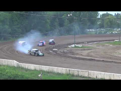 B-Mod Heat Race #3 at Mt. Pleasant Speedway on 06-15-18.