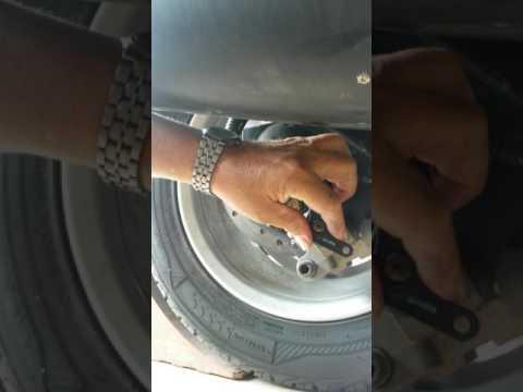 adjusting brake can am spyder