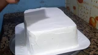 BOLO quadrado simples confeitar